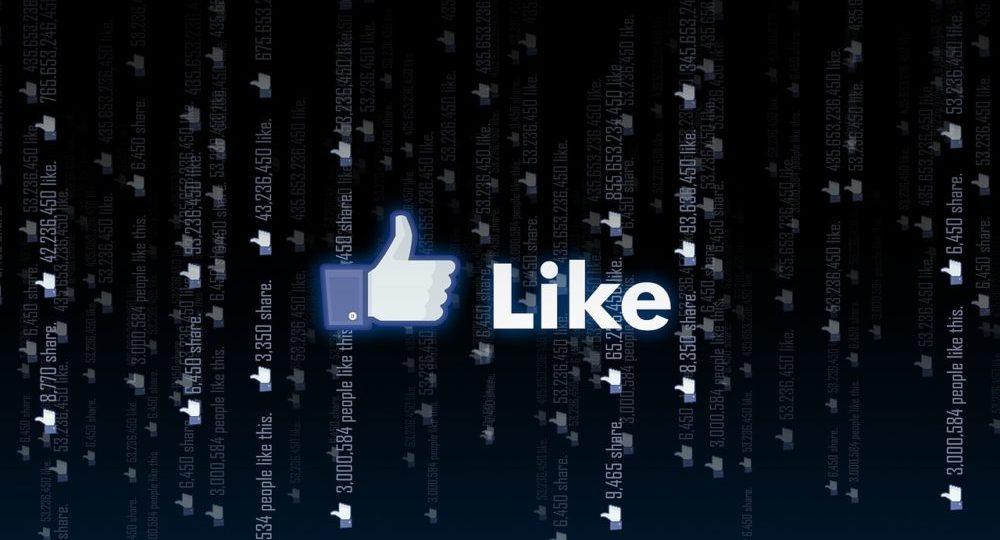 公式TwitterとFacebook