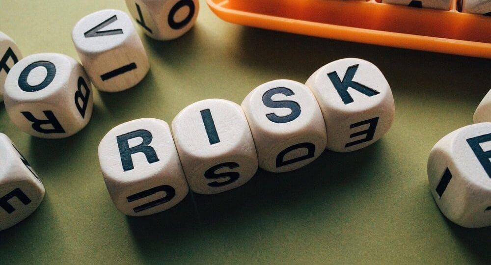 倒産するリスク
